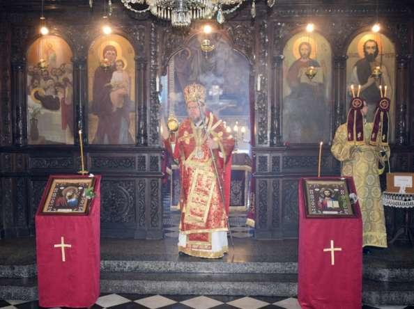 Пасхално Архирейско посещение в Попово