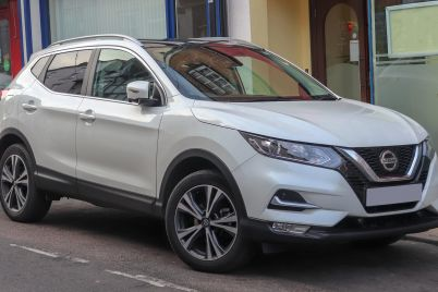 2018_Nissan_Qashqai_N-Connecta_DCi_1.5_Front-scaled.jpg