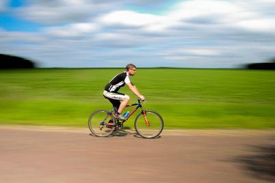 bicycle-384566_1920.jpg