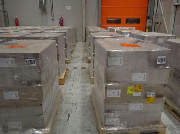Доставка на 300 000 дози нискомолекулярен хепарин пристигна в България
